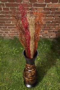 Dekoration für Vasen: Palmengeäst und künstliche Perlen in verschiedenen Farben