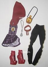 Ever After High TriCastleOn 3 Pack Cerise Hood Doll Outfit Clothes Dress Shoes