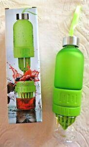 Oasis Twist 'n' Go Fruit Blender Drink Bottle Green 20oz / 600ml New Boxed