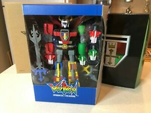 Super7 Voltron Defender Of The Universe Deluxe Voltron 7 inch Action Figure