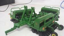 1/64 ERTL custom John deere 1590 folding triple drill w/ markers farm toy