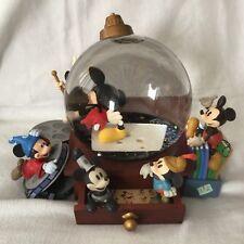 Disney Mickey Mouse COMICS DESK Musical Lights Up SnowGlobe