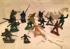 Vintage lot Plastic Figurines Soldiers Horse Army Cowboy toys action figures