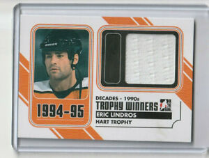 ERIC LINDROS 2013-14 ITG DECADES 90's Trophy Winners GUJ Black (#/80)