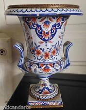 Vase Médicis faience XIXeme décor Rouen Desvres marque à voir ?