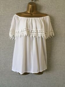 Quiz lovely white summer Bardot Top. Size 18.