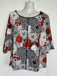 Lovely looking, nice quality top by M&S. Size 10. Brand new
