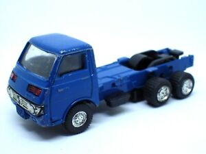 FIGURINE voiture CAMION ISUZU 1/70 bleu