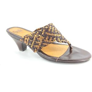 Women's Sofft Brown & Metallic Gold Woven Leather Thong Sandals Shoes size 8.5M