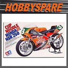 TAMIYA 1/12 HONDA NSR 250 CUP NOODLE GP RACE BIKE MODEL KIT 14061