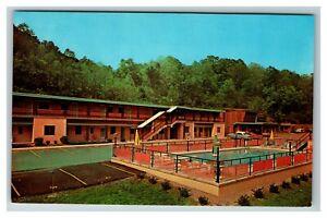 Quality Courts, Green Acres Motel, Parkersburg WV c1960 Postcard I17