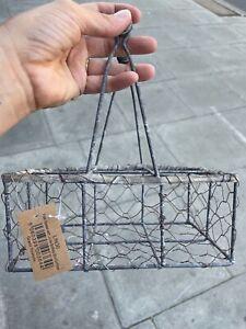 vintage metal milk crate/carrier