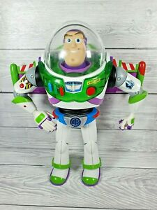 Buzz Lightyear Blue Utility anti-gravity Belt RARE TOY STORY collection