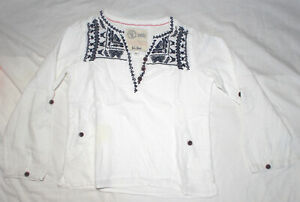 FAT FACE White Cotton Long Button-up Sleeve Top Tunic Embroidered NeckLine 6-7Y