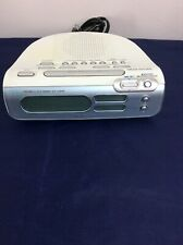 Sony ICF-C273 LIV Dream Machine Dual Alarm Clock AM/FM Radio White/Silver