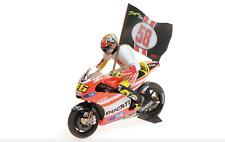 1:12 Ducati Desmosedici GP11.2 Rossi MotoGP 2011 1/12 • Minichamps 122112146
