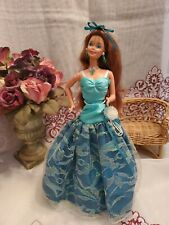 Vintage Barbie doll 1976 beautiful Teresa with three outfits