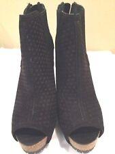 Simple Vera Wang  New Heels Black Suede Size 7.5M
