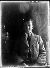 portrait jeune garçon baromètre - ancien négatif verre photo - an. 1910 1920