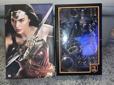 Wonder Woman (Deluxe Version) 1/6 Figure by Hot Toys MMS451 Justice League DC