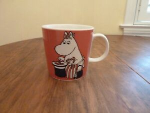 Arabia Finland Moomin Mug - Moominmama & Berries