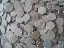LOT 50 Römische ungereinigte Münzen 50 uncleaned ancient roman coins 1