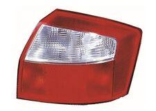 Audi A4 B6 berline LAMPE FEU ARRIERE DROIT clignotant blanc 8E5945218