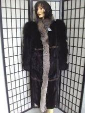 Новая темно-коричневая норковая женская шуба с лисьим воротником.Размер 10.Канад