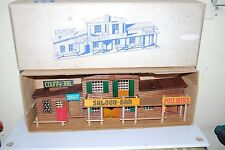 STARLUX ? SALOON BAR / BANK / COUNTRY JAIL SCALE 1/60