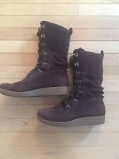 The North Face Brown Suede Lace Up Boots Size 9.5 Primaloft