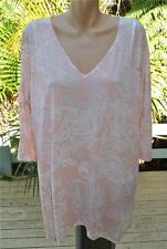 W LANE Peach Rose Design Top w White Cami NEW SIZE XXL-22 RRP-$59.99. 3/4Sleeve