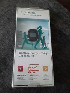 Fitbit Zip Wireless Activity Tracker FB301C - Black, new