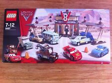 LEGO 8487 Cars 2 Flo's V8 cafe NEW