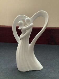 Circle Of Love By Enesco - Love Of My Life A5687 (2005)