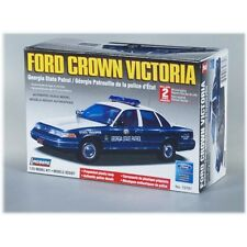 Lindberg 1990's Ford Crown Victoria Georgia State Police Car model kit 1/25