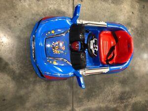 Homem-aranha montar em Rodas De Alimentação Para Crianças Meninos Brinquedo Moto Bateria De 6 Volts Novo!