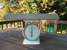 AMERICAN FAMILY Vintage 30 lb BABY Nursery Weight SCALE w/Original Box 1950's