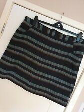 Ladies Skirt Size 20 *Papaya*