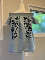 Love Tree womens Sz.M off shoulder top chambray blue boho Peasant