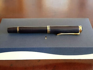 Custom Made Ebony Pelikan Souveran M800 Fountain Pen, 18k Broad Nib, Box