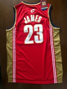 Lebron James  Autographed Cleveland Cavaliers Jersey with COA