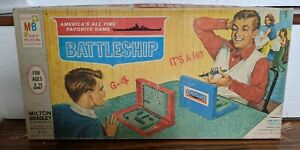 Vintage Battleship Game 1967 Complete USA Milton Bradley Some Box Corner Damage