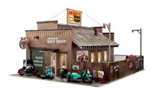 Woodland Scenics BR5846, O Scale, Deuce's Cycle Shop, Built & Ready w/ LEDs