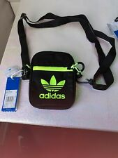 NEW  RETRO ADIDAS SUPERSTAR CROSS BODY FESTIVAL BAG GEN Z MINI SPORT BAG BLACK