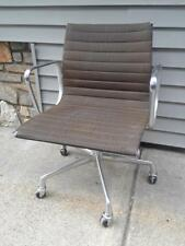 Herman Miller Eames Aluminum Group Management Chair (No. 3)