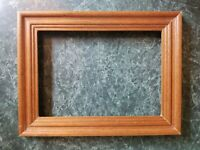 """Lovely Vintage Wood Picture Frame Photo Holds 5"""" x 7"""""""