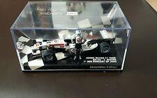 Minichamps 1:43 Jenson Button HONDA RA106 1st Win Hongrie 2006 debout figure