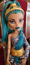 Rare*Monster High *Nefera De Nile First Wave Doll *Very Beautiful / Must See