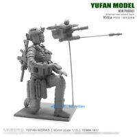 1/18 US Woman Soldier And UAV Unpainted Resin Model Kit YuFan Model 75mm Figure
