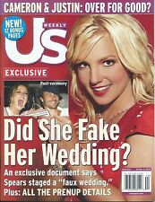 Britney Spears- Us Weekly Magazine 10/4/2004 Rare No Label (Mint condition)